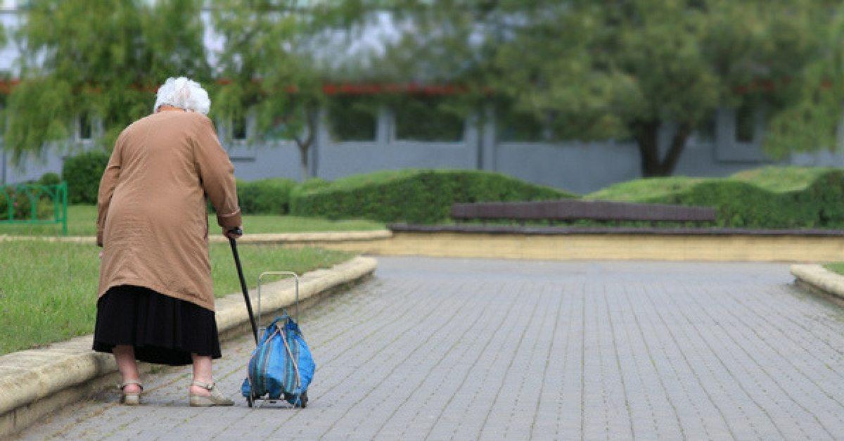 seniors-debt-bag-lady-post